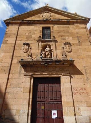 Fachada del Monte Carmelo