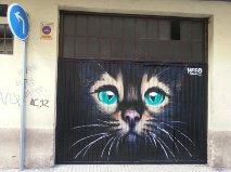 Parte del zoológico del barrio plasmado con arte urbano
