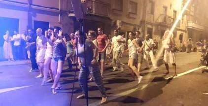 Bailes Latinos a pie de calle, en la Noche Blanca
