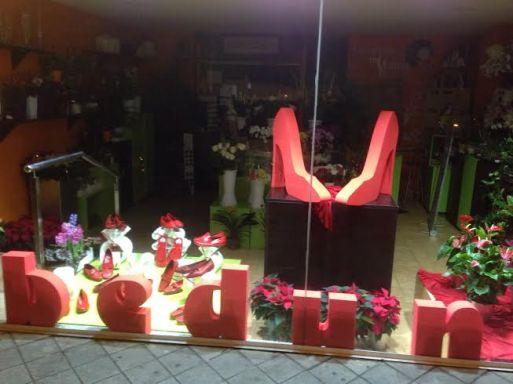 Floristeria Bedunia Zapatos Rojos contra la Violencia de Género