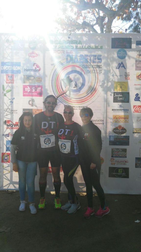 De derecha a izquierda, Toñi, Belén, Pedro, Andrea