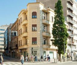 Edificio racionalista del Barrio